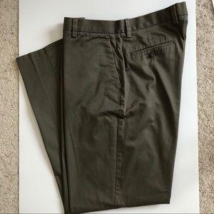 Dockers Men's D3  Classic Fit Flat Front P…